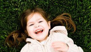 Почему у ребенка красные губы и нужно ли лечить
