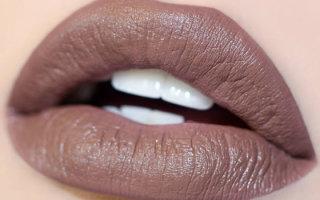 Как выбрать и использовать коричневую помаду в дневном и вечернем макияже