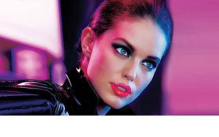 Варианты использования помады блеска в макияже