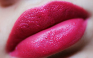 Как правильно подобрать и наносить на губы розовую помаду