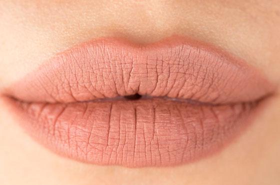 естественный оттенок губ